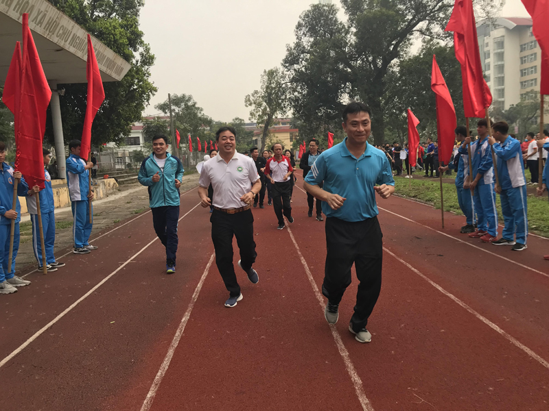 Nhà trường phát động tổ chức ngày chạy Olympic vì sức khỏe toàn dân 2021