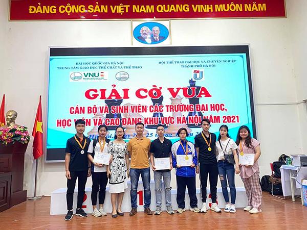 Giành 3 HCV, 2 HCB tại Giải Cờ vua cán bộ, sinh viên các trường đại học, học viện khu vực Hà Nội năm 2021